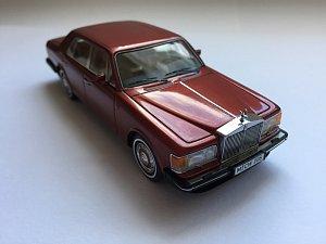 Rolls-Royce Silver Spirit, NEO 1:43 (Limitovaná edice 300 kusů pro smallcars.cz)
